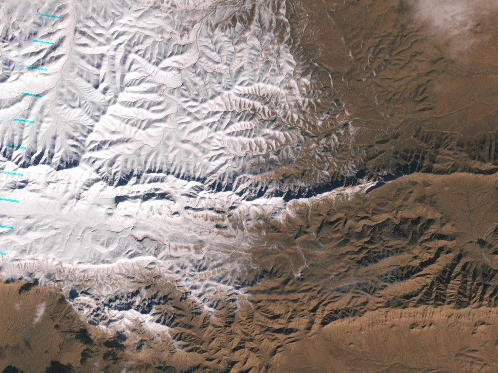 Sahara çölüne kar