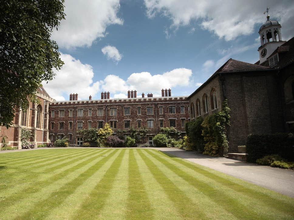 Cambridge Üniversitesi taciz skandalı