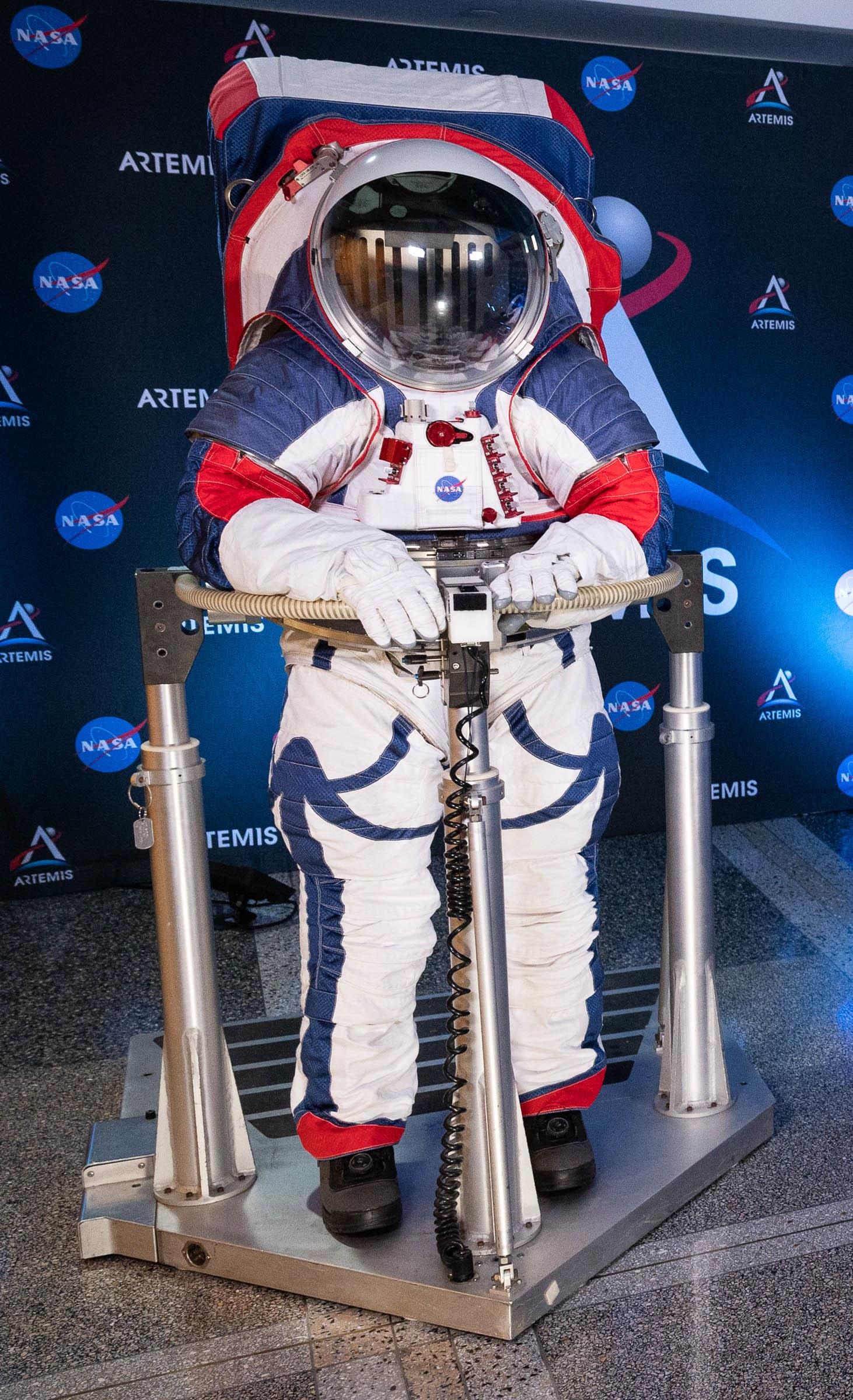 astronot giysisi