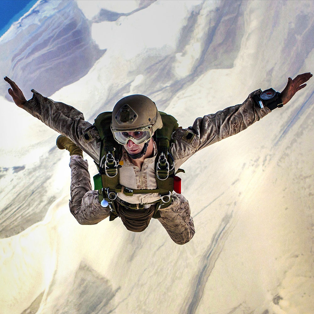 paraşütle atlamak