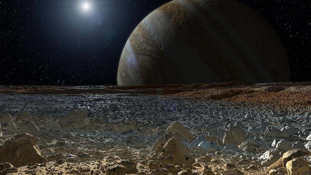 Europa'nın yüzeyini anlatan simülasyona dayalı bir sanatçı çalışması.  Etraf küçük çıkıntılarla dolu görünüyor. dağ vb görünmüyor.