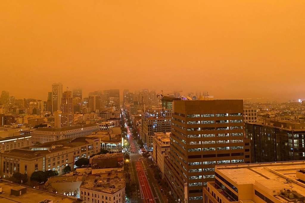 ABD yangın turuncu gökyüzü