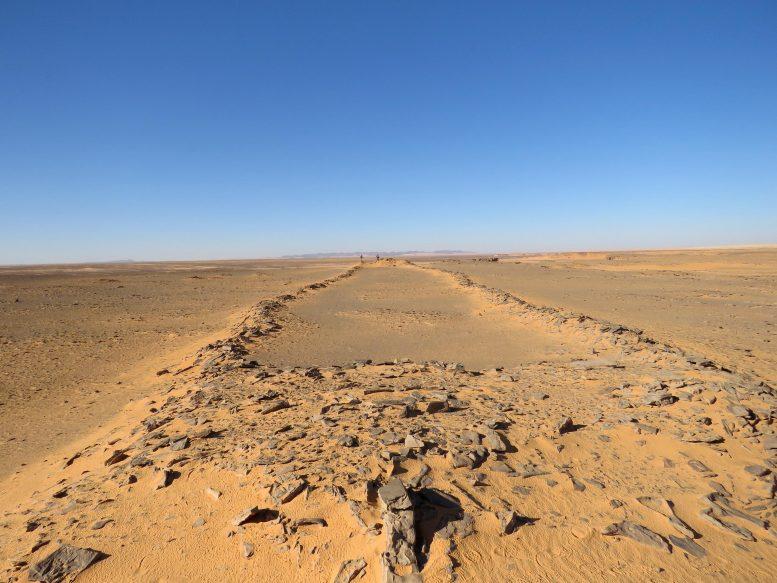 arabistan'daki taş yapılar duvarlar nedir